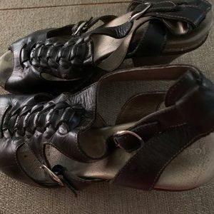 Jose Saenz ladies black sandals